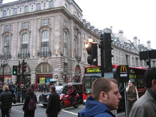 //www.newgrounds.com/imgs/lit/london2005_17.jpg